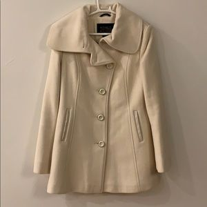 Beautiful off white Mackage wool coat